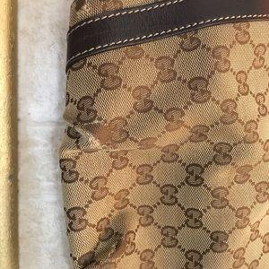 Gucci Bags - Gucci Handbag 👜 Purse
